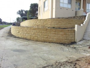 Rock Retaining walls melbourne (25)