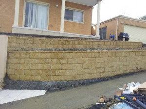Rock Retaining walls melbourne (27)