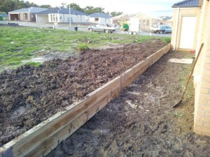 Timber retaining wall services melbourne (3)