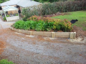 Timber retaining wall services melbourne (7)